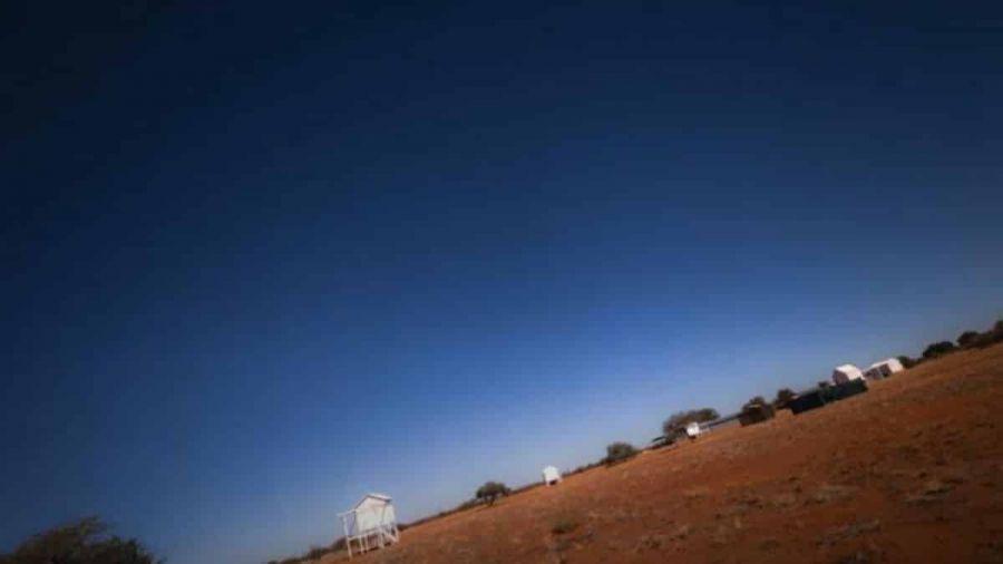 Vídeo mostra rotação da Terra em timelapse centralizado no céu; veja