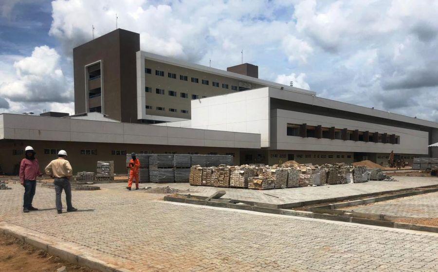 Hospital Regional do Vale do Jaguaribe se aproxima da etapa final de obras