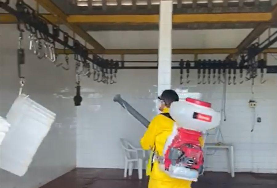 Pulverização do matadouro público de Morada Nova