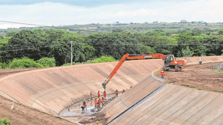 Depois de 12 anos de obra, águas do Rio São Francisco chegam nesta sexta ao Ceará