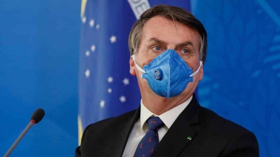 Jair Bolsonaro é diagnosticado com Covid-19