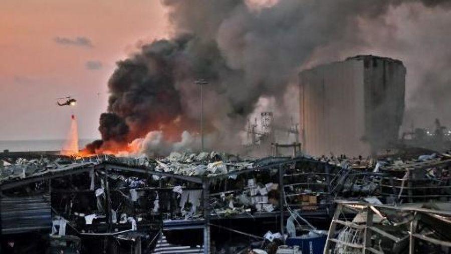 Beirute fica em luto e equipes procuram sobreviventes após explosões devastadoras