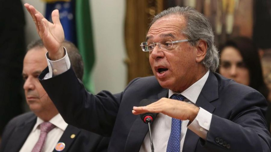 Guedes informa a aliados que auxílio emergencial será de 4 parcelas de R$ 300