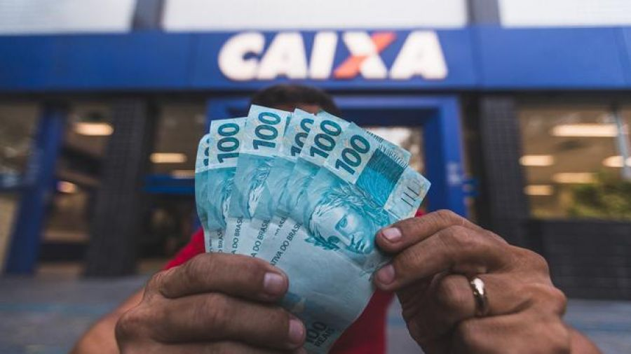 310 mil famílias cearenses sobreviveram apenas com a renda do auxílio emergencial em julho