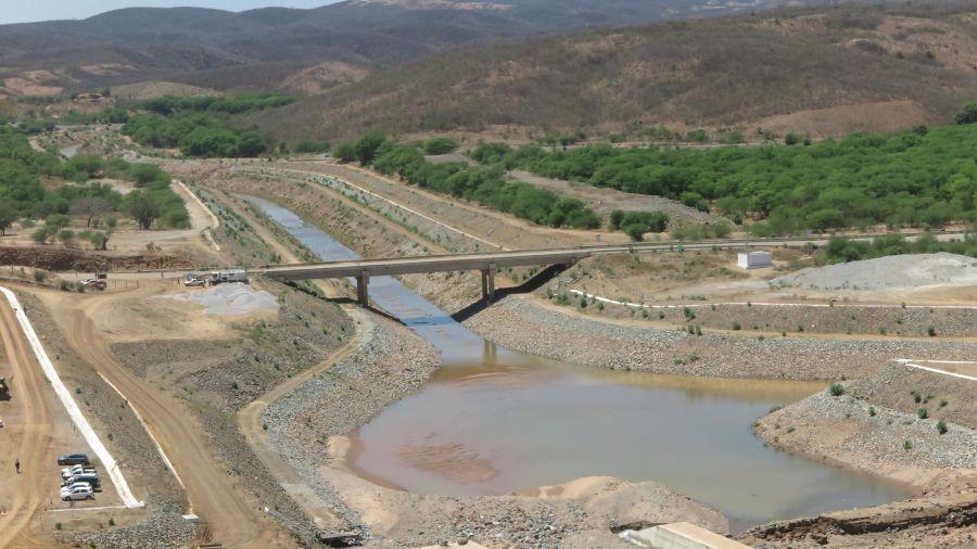 Rompimento em Jati: Transporte da água pelo Eixo Norte do Pisf ocorrerá até o fim do mês, aponta MDR