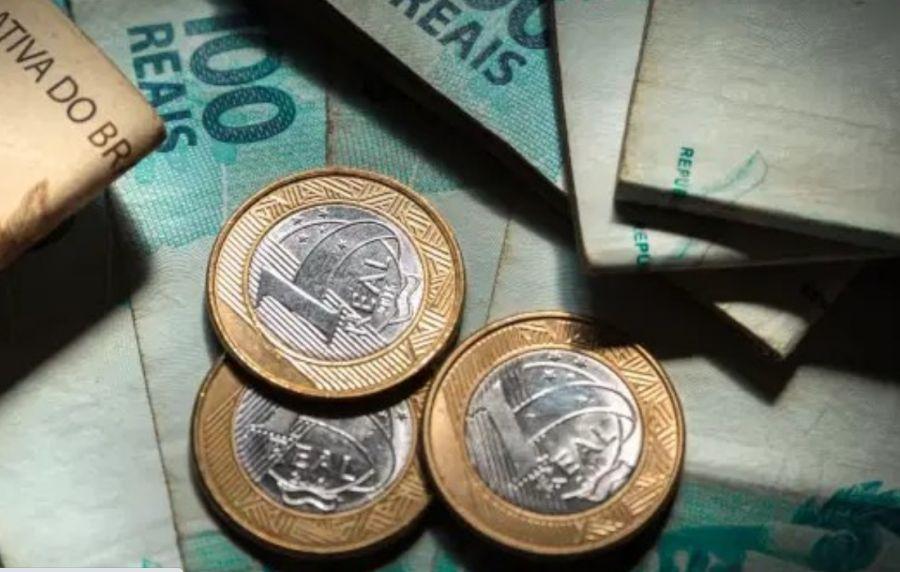 Brasil perde 'uma reforma da Previdência' por ano em impostos não pagos por milionários e empresas