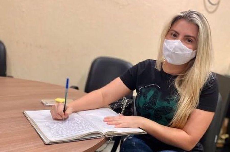 Jane Martins assume a cadeira do Executivo de Morada Nova por nove dia