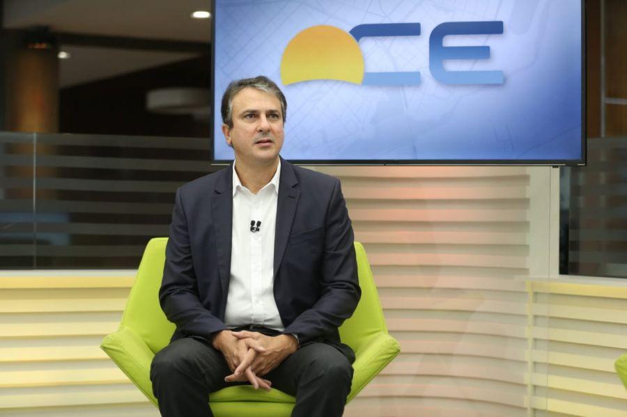 Camilo Santana diz que a vacina que deverá chegar ao Ceará é da Astrazeneca
