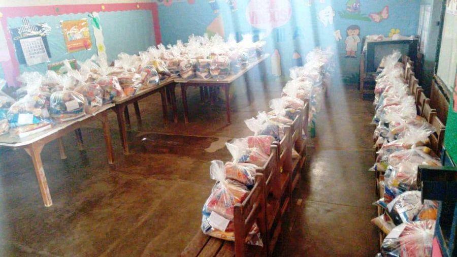 Distribuição dos Kits de Alimentação aos alunos da rede pública municipal de ensino