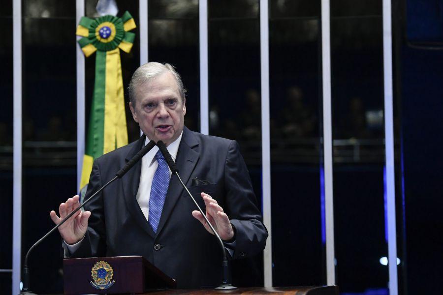 Depois de aglomeração de Bolsonaro no Ceará, Tasso cobra instalação imediata da CPI da Covid no Senado