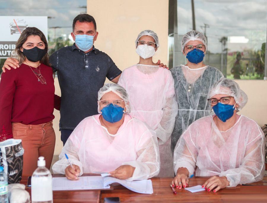 Vacinação de idosos em Morada Nova