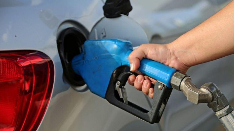 Diesel volta a disparar, e gasolina sofre nova alta no Ceará; confira preços