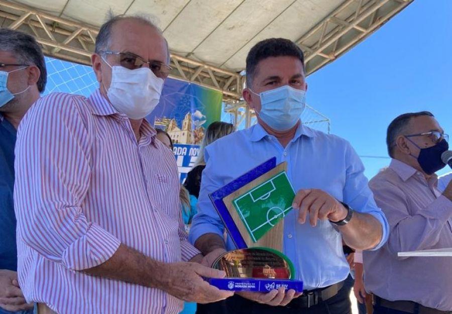 Deputado participa de inauguração de Areninhas em Morada Nova e Jaguaretama