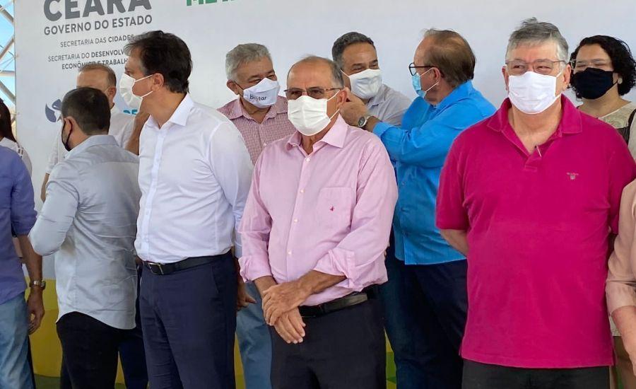 Deputado Antônio Granja participa de entrega do Polo Metal Mecânico, em Tabuleiro, ao lado de Camilo Santana