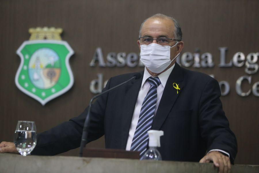 Antônio Granja faz pronunciamento para celebrar cinco anos do Hospital Regional do Sertão Central