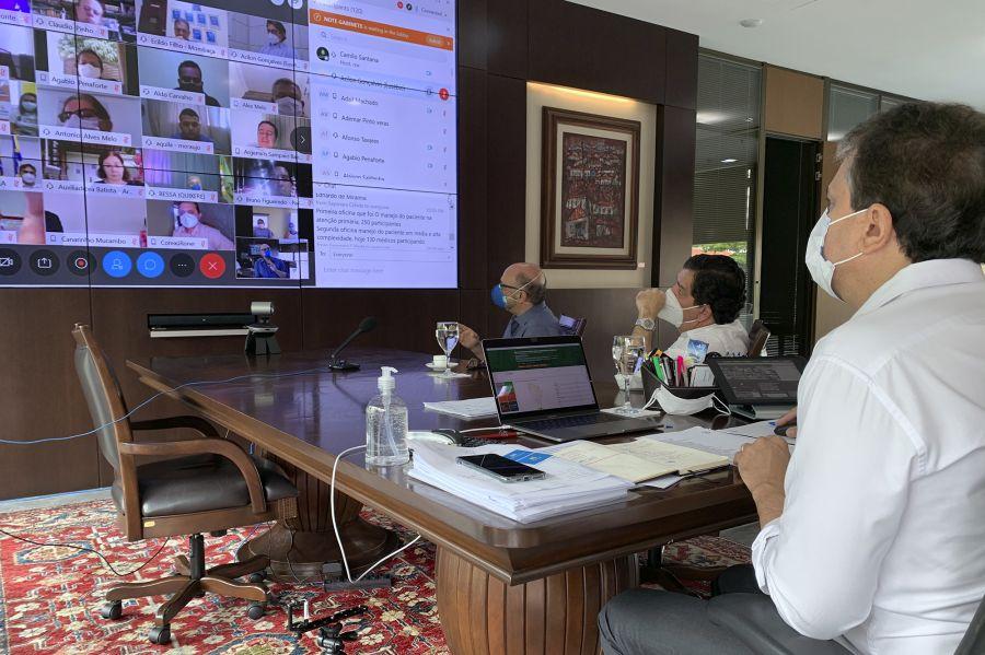 Governador se reúne com prefeitos e reforça importância da atenção primária no combate ao coronavírus